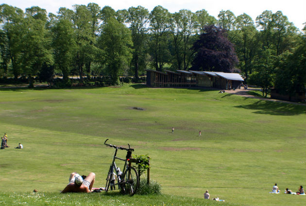 Sunbathers head for Avenham Park earlier this week as the sun shines down on Preston