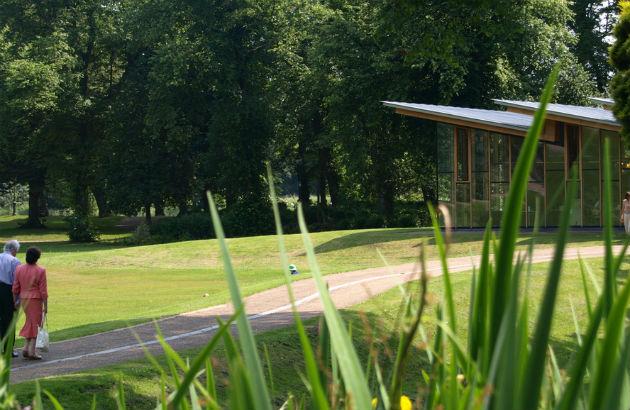 Avenham Park's pavilion