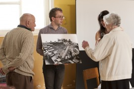 Visitors use pictures to remember Courtauld's
