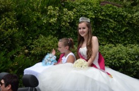 Penwortham beauty queen on the procession