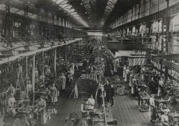 Inside the production hall on Strand Road