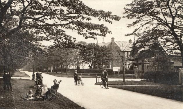 The Avenue 1911