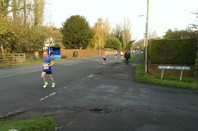 Matt Brown snapped the runners as they made their way from Hutton to Walmer Bridge