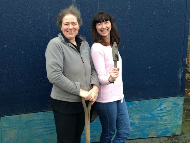 Trowel power! Volunteers at the RSPCA Preston