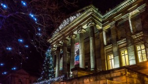 Christmas tree outside the Harris Pic: Keith Sergeant