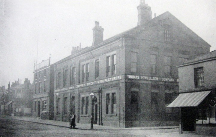 The Prince Arthur Hotel and Thomas Powell & Son Ltd., Moor Lane, Preston c.1922 Pic: Preston Digital Archive