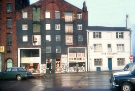 The Tithebarn Hotel formerly known as the Waggon and Horses. c.1968  Pic: Preston Digital Archive
