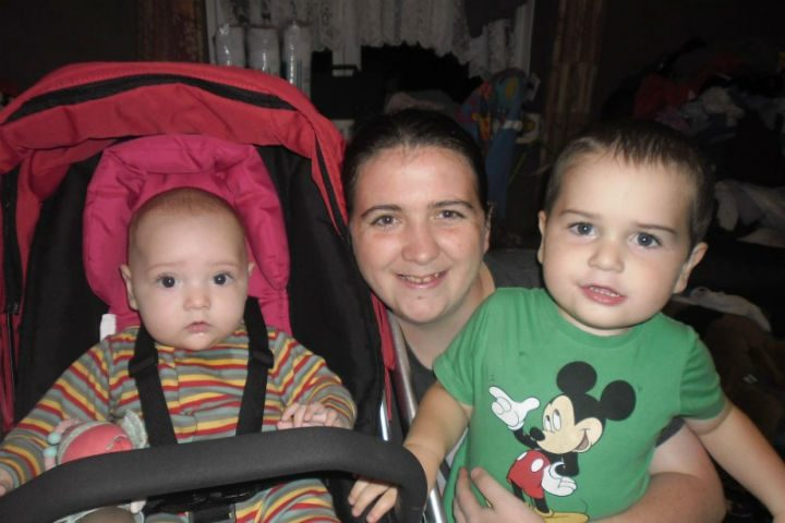 Rachael Marie Murphy with her sister Olivia, 2, and Adam,5.