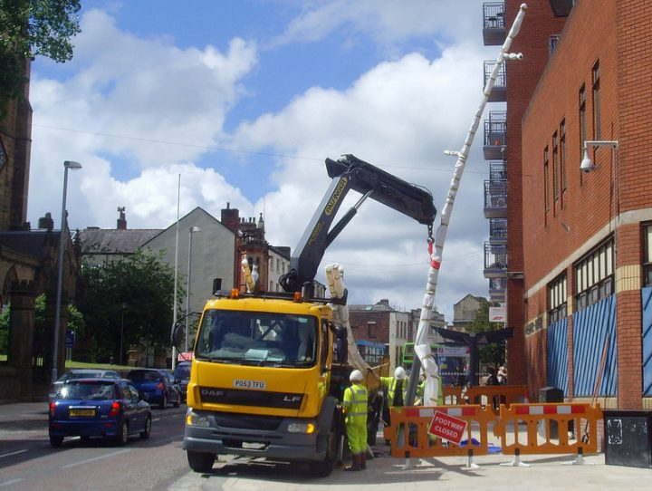 New lampposts being delivered in Church Street Pic: Tony Worrall