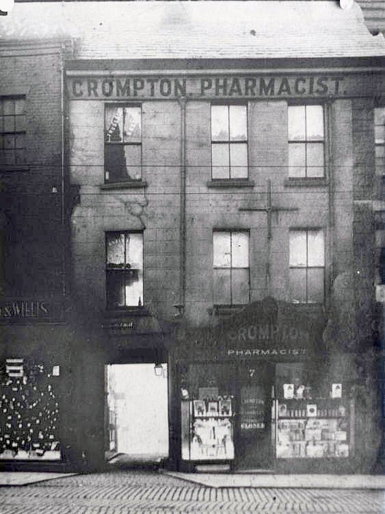 Entrance to Glovers Court, Fishergate in 1910 before it was widened in 1913. Pic: Preston Digital Archive