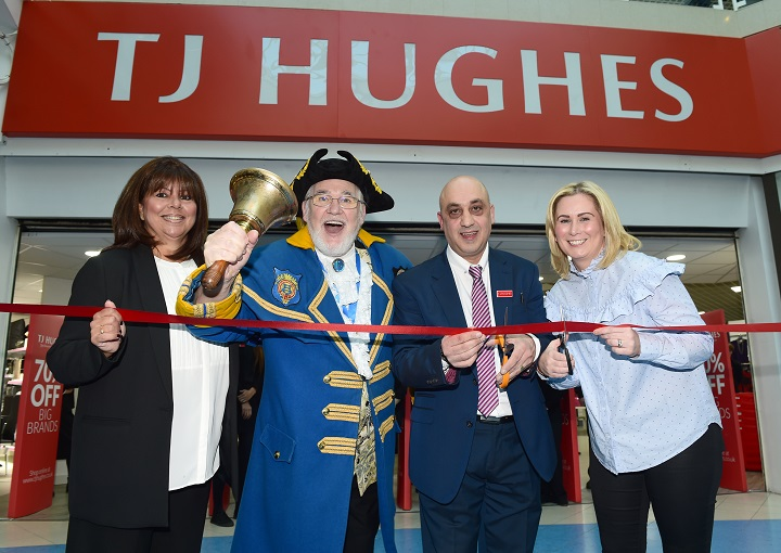 L-R Anna Gornall, Town Crier Peter Taunton, Harry Panayi and Kathryn Bloxsome