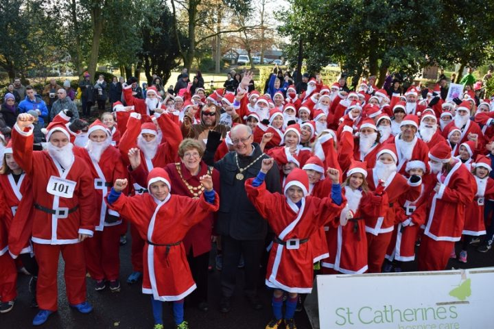 Dashing Santas!