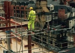 Officers workers took pictures and reported the roofer Pic: Manchester Evening News