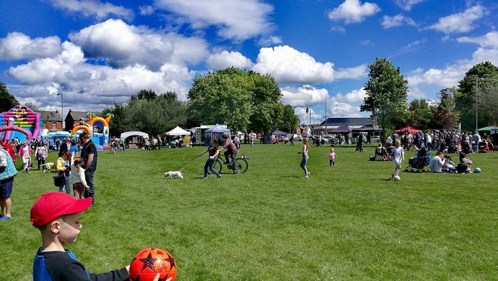 Sunshine for last year's The Big Lunch in Ashton Park Pic: Benny Mc'Nally