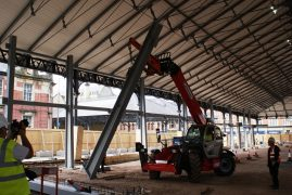 The pillar being put into place at the markets
