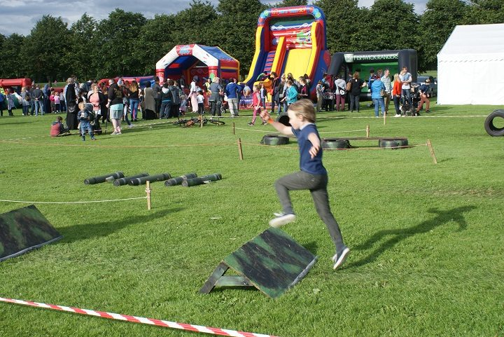 Park It takes place at Moor Park during the school summer holidays