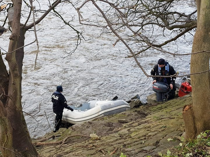 Marine officers beginning their search for Michael Brooks Pic: philberto