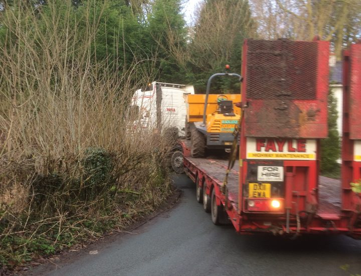 The lorry became stuck after going down a narrow section of Walker Lane