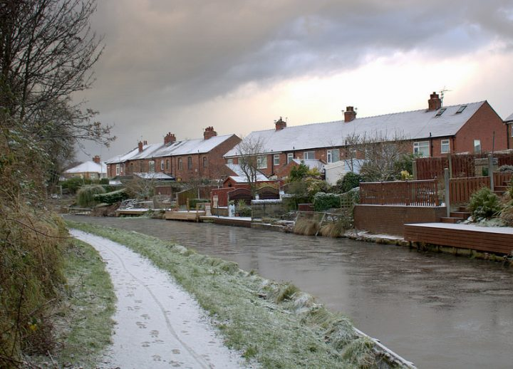 An icy morning on the Lancaster Canal in Preston Pic: Tony Worrall