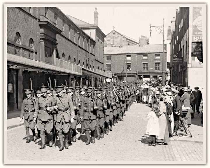 The 4th Loyals, Preston's Territorials, march down Fleet Street on the way to the Railway Station Pic: Preston Digital Archive