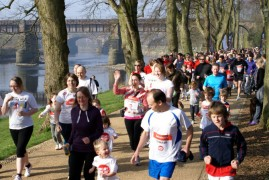 sport relief mile in avenham park