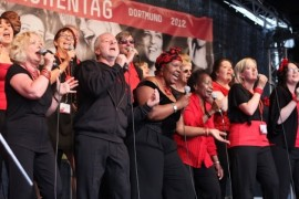 The One Voice Community Choir will perform at the Open Mind Festival
