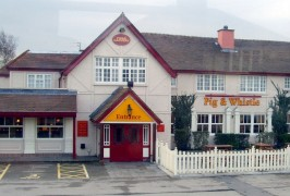 The Pig and Whistle is a popular Sunday lunch spot for families