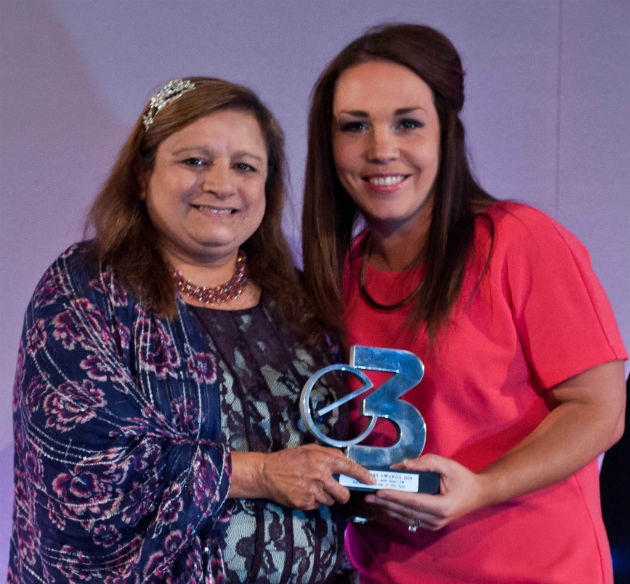 Sarifa Kabir (Secretary of NFHW – Social Enterprise of the Year) with Cassandra Troughton, Account Manager of Global Radio North West, which was the award category sponsor.