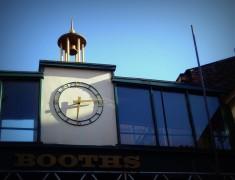 An iconic Preston clock