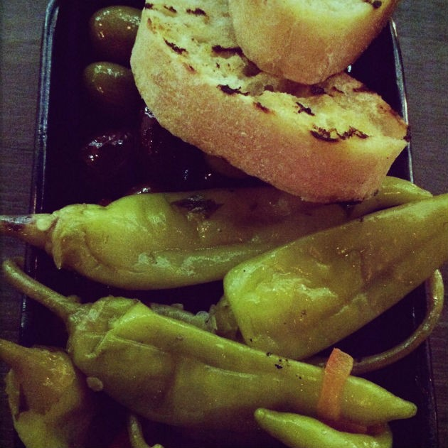 greek-olive-chillies