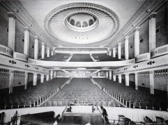 Inside the New Victoria in 1927