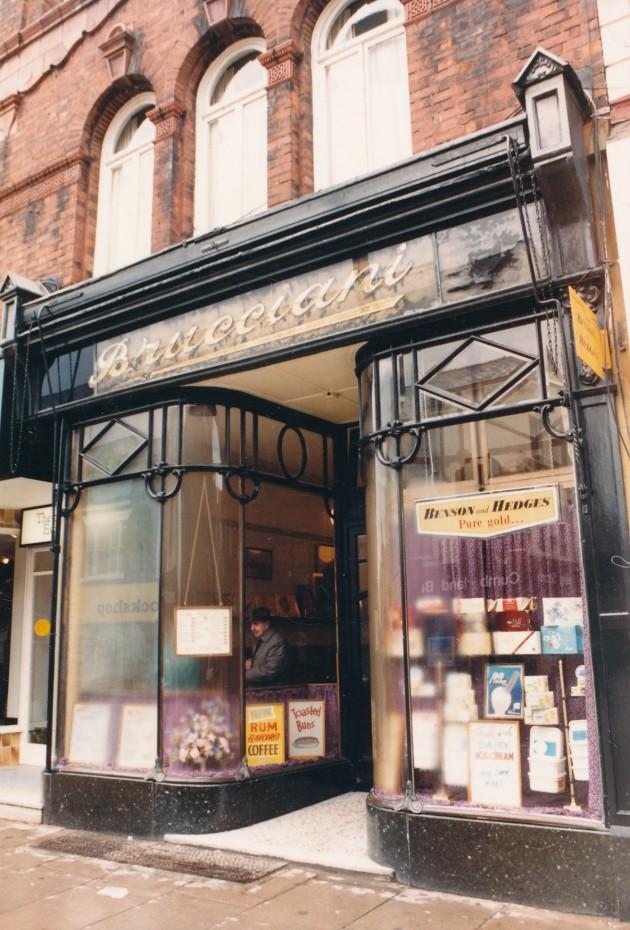 Bruccianis Cafe Fishergate, Preston June 1987