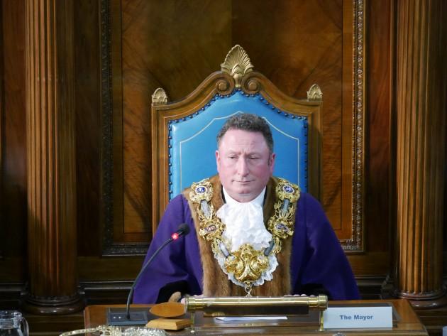 Mayor 06