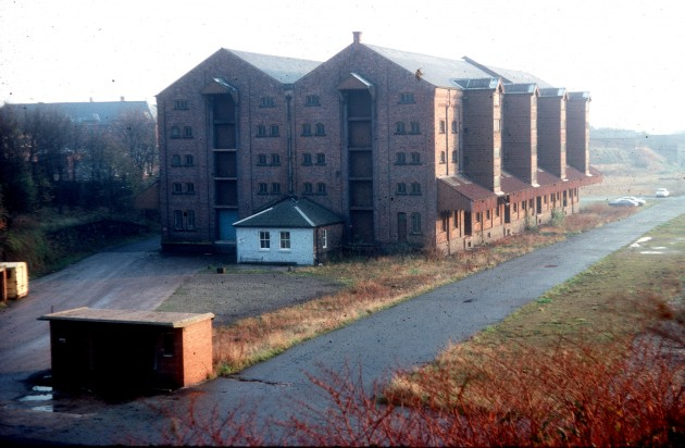 L&Y Railway Warehouse viewed from Hill Place, Butler Street, Preston 1976
