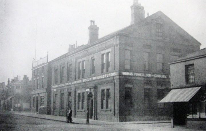 The Prince Arthur Hotel and Thomas Powell & Son Ltd., Moor Lane, Preston c.1922 Pic: Preston Digital Archive