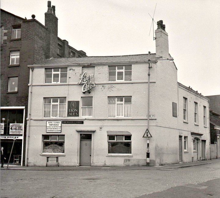 The Waggon & Horses public house, Lord Street, Preston c.1961, just prior to its renaming to the Tithebarn Hotel. Pic: Preston Digital Archive