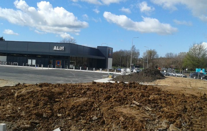 Aldi taking shape in Queen Street