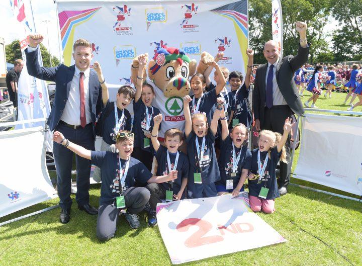 PRE - Sherwood Primary School scooped silver in tri golf