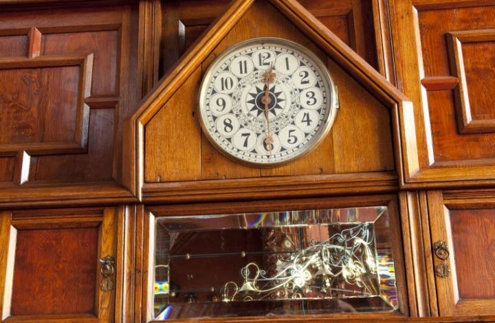 An old-school clock in the Penthouse