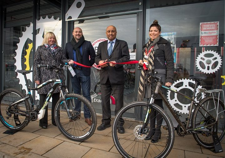 Beth Noy from Leisure Lakes Bikes, Paul Holland project manager at Virgin Trains, Mark Hendrick MP for Preston and Shirley Ross station manager at Preston