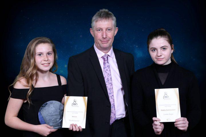 Left to right: Ella McDonald, Kevin Carey – Managing Director (McDade Roberts), Lauren Anyon