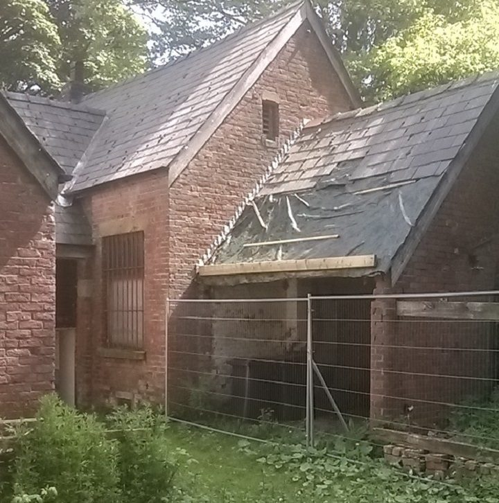 Another view of the coach house
