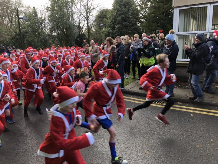 Setting off on the Santa Dash