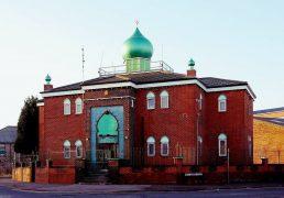 Raza Mosque is throwing open its doors