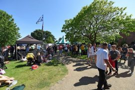 Sun shines down on Leyland Festival