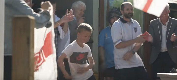 Dancing England fan in the video