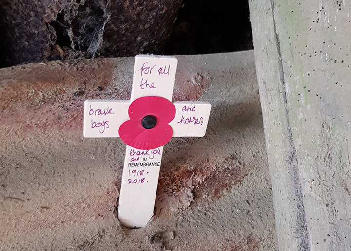 Poppy and cross memorial