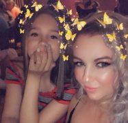 Jojo and her daughter Nicole