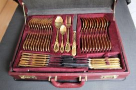 Close up of the cutlery set
