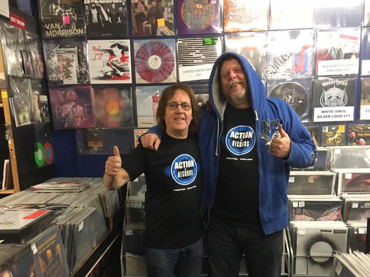 Gordon and Pete in the new t-shirts